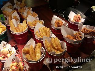 Foto 9 - Interior di The Kitchen by Pizza Hut oleh Kevin Leonardi @makancengli