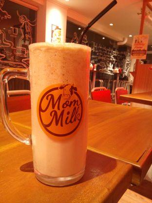 Foto 1 - Makanan di Mom Milk oleh Kucing_Lewat