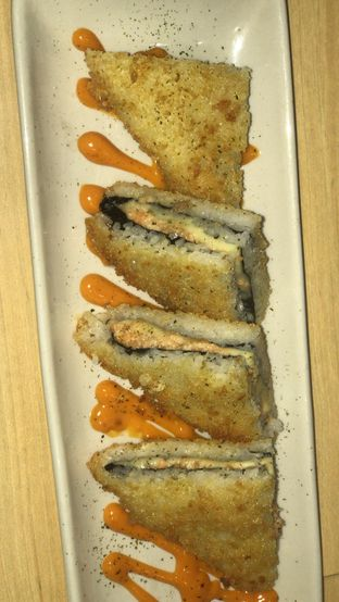 Foto 1 - Makanan di Peco Peco Sushi oleh Satrio Bryan