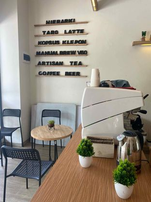 Foto 10 - Interior di Hierarki Coffee oleh Levina JV (IG : @levina_eat & @levinajv)