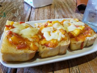 Foto 2 - Makanan di Milan Pizzeria Cafe oleh Theodora