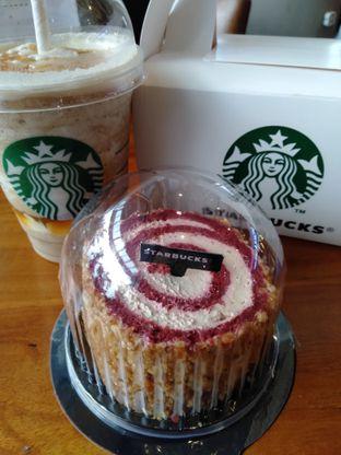 Foto review Starbucks Coffee oleh Erika  Amandasari 2