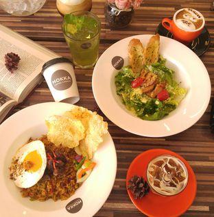 Foto 2 - Makanan di Mokka Coffee Cabana oleh eatwerks