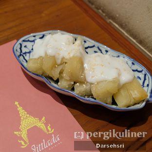 Foto 10 - Makanan di Jittlada Restaurant oleh Darsehsri Handayani