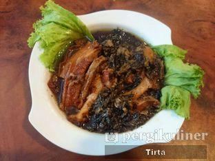 Foto 2 - Makanan(Babi Hong) di Sinar Lestari oleh Tirta Lie