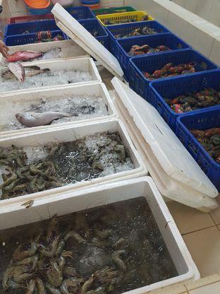 Foto 7 - Interior di Parit 9 Seafood oleh Food Bantal