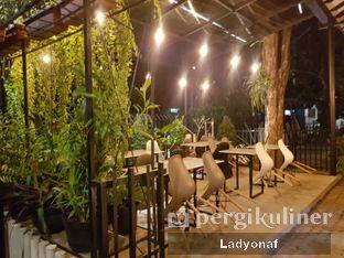 Foto 8 - Interior di Kafe Lumpia Semarang oleh Ladyonaf @placetogoandeat