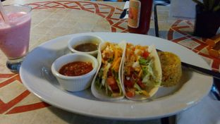 Foto 1 - Makanan(Veg Tacos) di Gio Vanese oleh Handoko