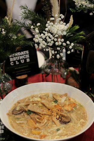 Foto 3 - Makanan di Meradelima Restaurant oleh thehandsofcuisine
