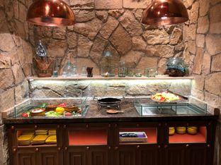 Foto 18 - Interior di The Royal Kitchen oleh FebTasty  (Feb & Mora)
