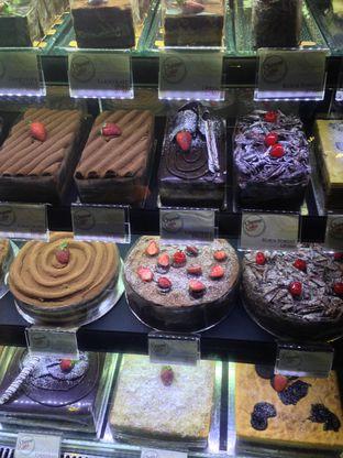 Foto 3 - Makanan(Kue yang di display) di Cheese Cake Factory oleh Hendy William