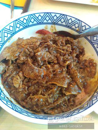 Foto 3 - Makanan(BEEF BOWL BLACKPAPER ) di Yoshinoya oleh vera Siagian