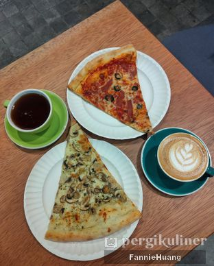Foto 1 - Makanan di Gotti Pizza & Coffee oleh Fannie Huang||@fannie599