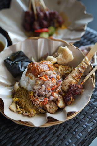 Foto 1 - Makanan di Babi Guling Ko Made oleh @Sibungbung
