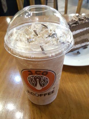 Foto 8 - Makanan di J.CO Donuts & Coffee oleh Stallone Tjia (Instagram: @Stallonation)