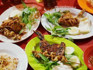 Foto - Makanan di Nasi Uduk Aquarius 94 oleh Huntandtreasure.id