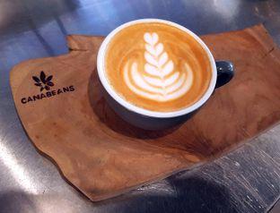 Foto 1 - Makanan(Hot Cappuccino ) di Canabeans oleh Avien Aryanti