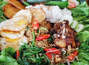 7 Nasi Liwet di Jakarta yang Rasanya Paling Enak