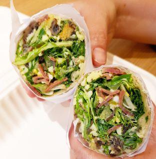 Foto 1 - Makanan di Crunchaus Salads oleh denise elysia