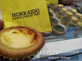 Foto - Makanan di Hokkaido Baked Cheese Tart oleh Debora Setopo