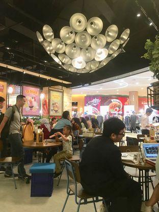 Foto 17 - Interior di The People's Cafe oleh Prido ZH