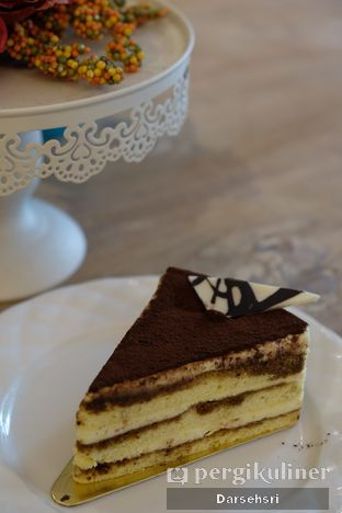 Foto 5 - Makanan di Exquise Patisserie oleh Darsehsri Handayani