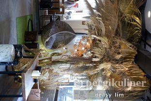 Foto 8 - Interior di Just Request Coffee oleh Deasy Lim