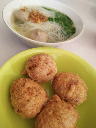 Foto - Makanan(Baso goreng keju, bihun baso keju) di Bakso Arief oleh zelda