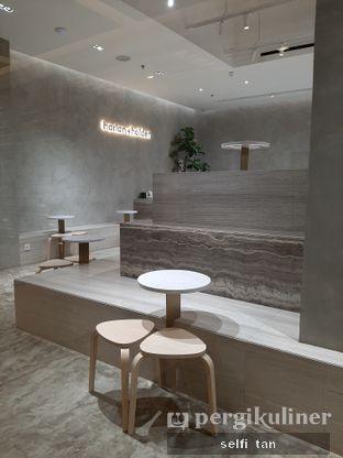 Foto 8 - Interior di Harlan + Holden Because Coffee oleh Selfi Tan