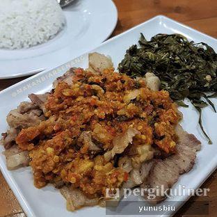 Foto - Makanan di Daging Asap Sambal oleh Yunus Biu   @makanbiarsenang