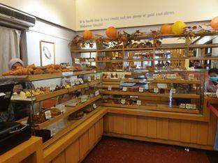Foto 2 - Interior di Mom's Artisan Bakery oleh Mariane  Felicia