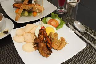 Foto 9 - Makanan di Wood Restoran - Hotel Golden Tulip Passer Baroe oleh ngunyah berdua