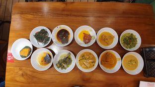 Foto 8 - Makanan di Padang Merdeka oleh Makan2 TV Food & Travel