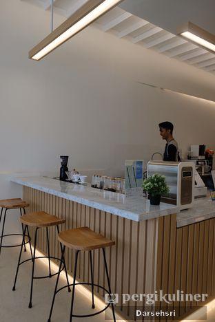 Foto 10 - Interior di Aiko Coffee oleh Darsehsri Handayani