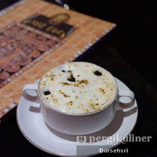 Foto 5 - Makanan di Mid East Restaurant oleh Darsehsri Handayani