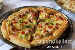 Foto 4 - Makanan di Papa Ron's Pizza oleh UrsAndNic