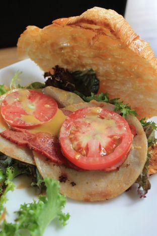 Foto 1 - Makanan di Finch Coffee & Kitchen oleh Prido ZH