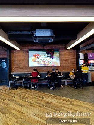 Foto 7 - Interior di Taco Bell oleh Darsehsri Handayani