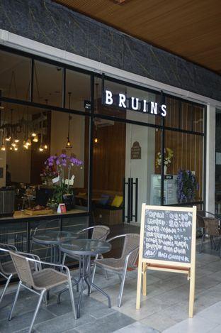 Foto 6 - Interior di Bruins Coffee oleh yudistira ishak abrar