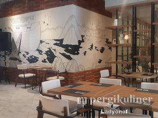 Foto 1 - Interior di Noach Cafe & Bistro oleh Ladyonaf @placetogoandeat