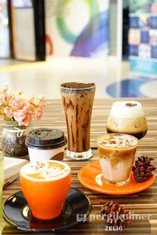 Foto 9 - Makanan di Mokka Coffee Cabana oleh @teddyzelig
