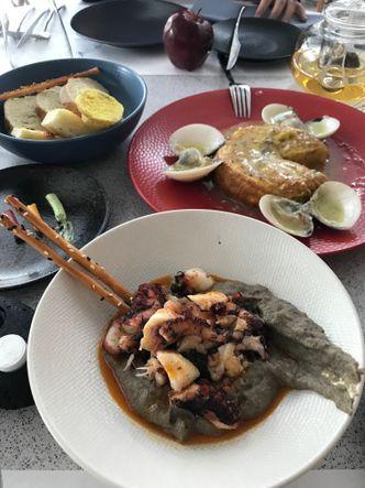 Foto Makanan di Txoko