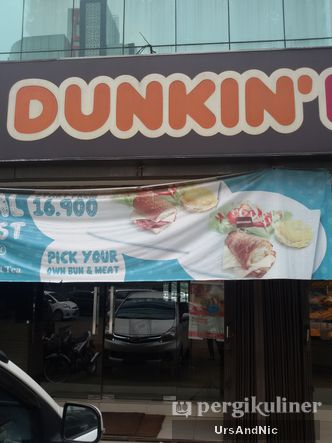 Foto Eksterior di Dunkin' Donuts