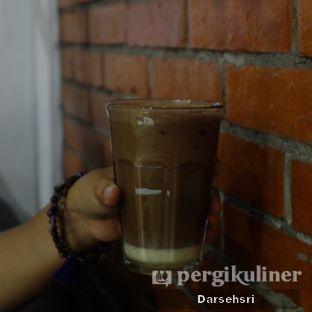 Foto 4 - Interior di The CoffeeCompanion oleh Darsehsri Handayani
