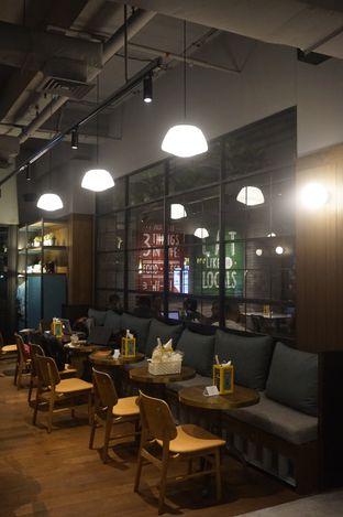 Foto 25 - Interior di The People's Cafe oleh yudistira ishak abrar