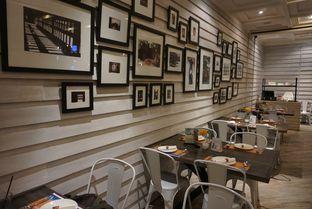 Foto 8 - Interior di Penang Bistro oleh yudistira ishak abrar