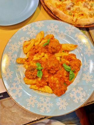 Foto review Pizzapedia oleh Komentator Isenk 3