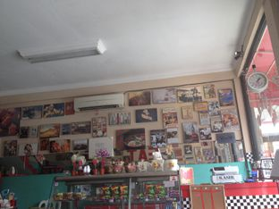 Foto 1 - Interior di Mix Diner & Florist oleh Almira  Fatimah