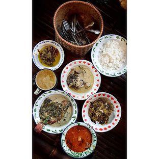 Foto 1 - Makanan(Aneka Lauk) di Warung Tuman oleh Gembuli Tan