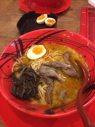 Foto 1 - Makanan di Universal Noodle Ichiro Ramen Market oleh Bread and Butter